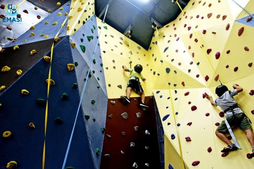 7-Climbing Wall